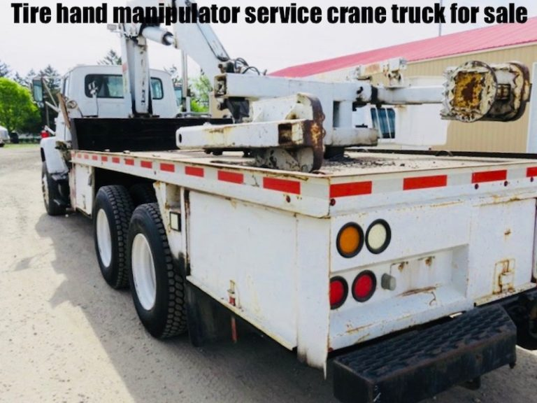 Tire hand manipulator service crane truck for sale