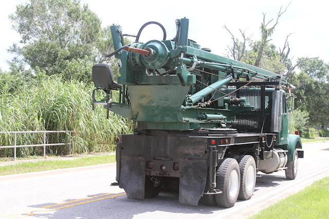 texoma_auger_drill_940155561