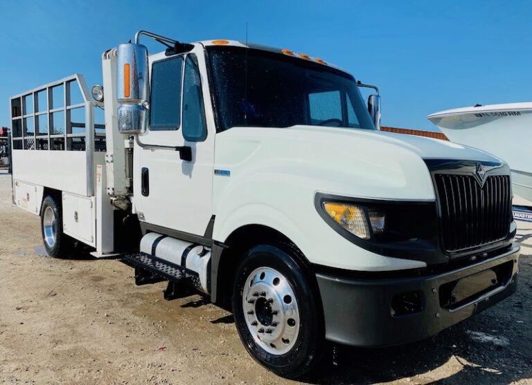 Tire Truck Stellar 3200A For Sale