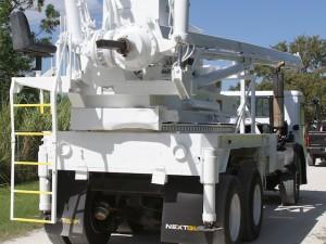 digger_truck_1219562649