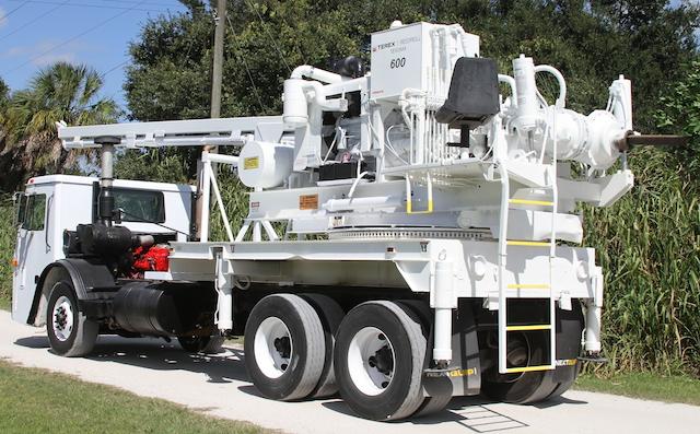 drill_truck_1763183699