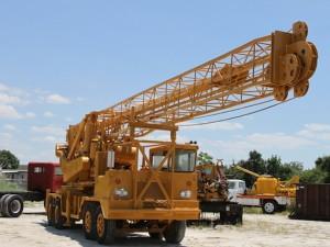 ldh_80_drilling_rig_439465886